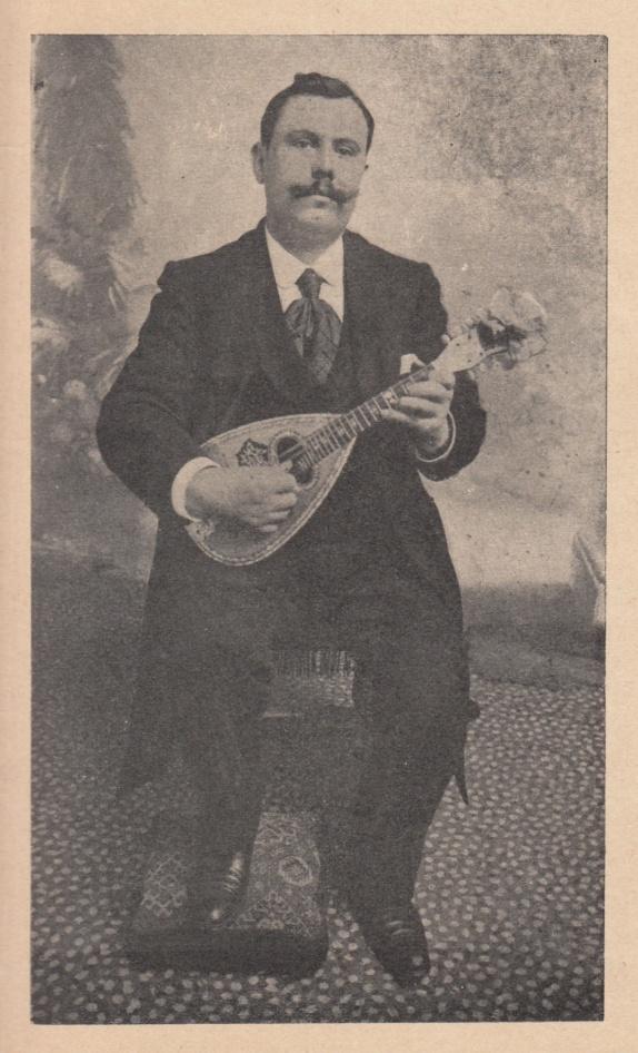 Haltung der Mandoline A. Legeret